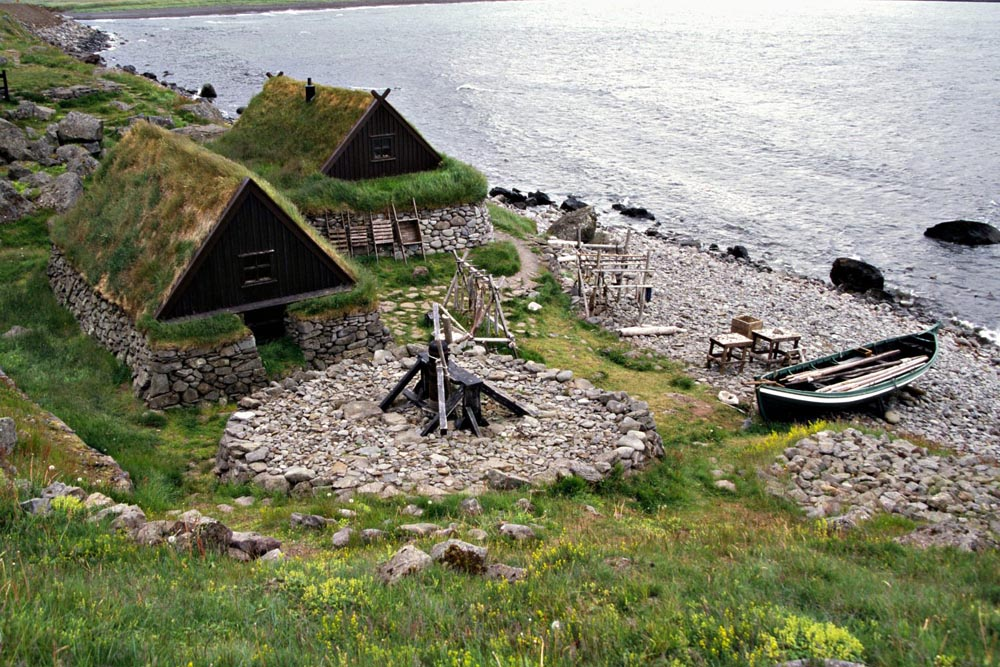 Old turf house and boats at the Maritime Museum
